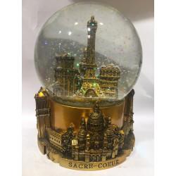 Giant snowball Paris Tour...